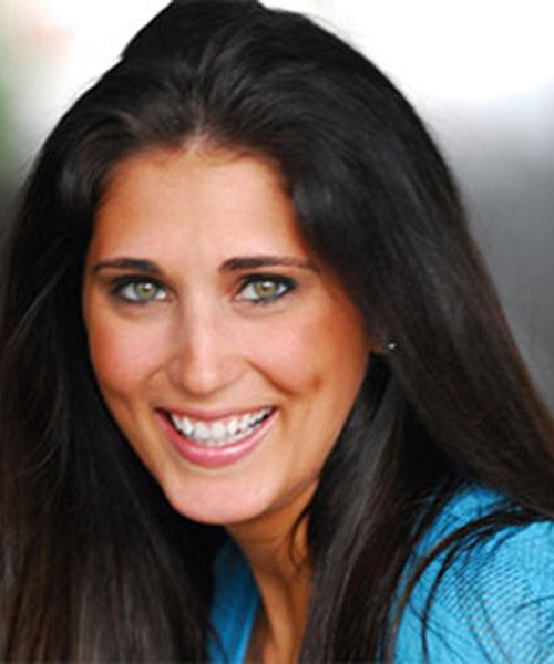 Nicole DiBraccio Headshot2